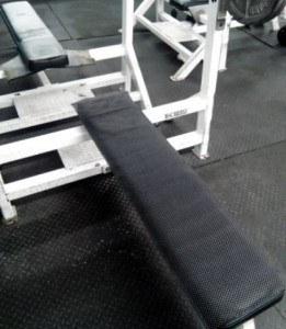 shelf liner for non slip bench press