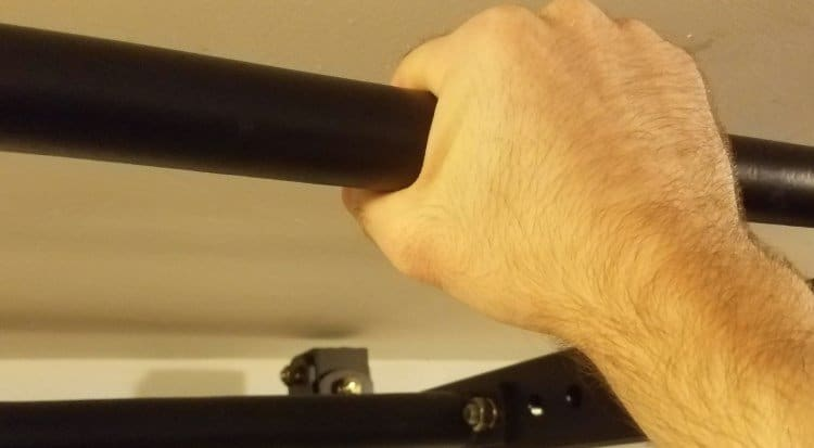 Skinny Pull Up Bar with 1-Inch Diameter on X-3 Power Rack