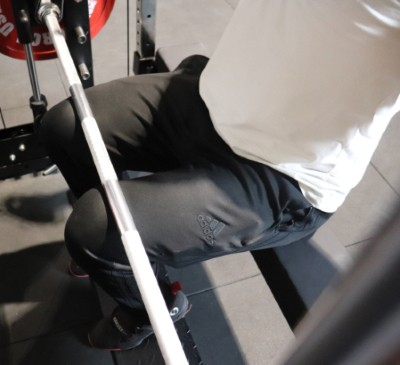 Force USA G20 Lat Pulldown on VersaPad - How to Hold Legs in Place